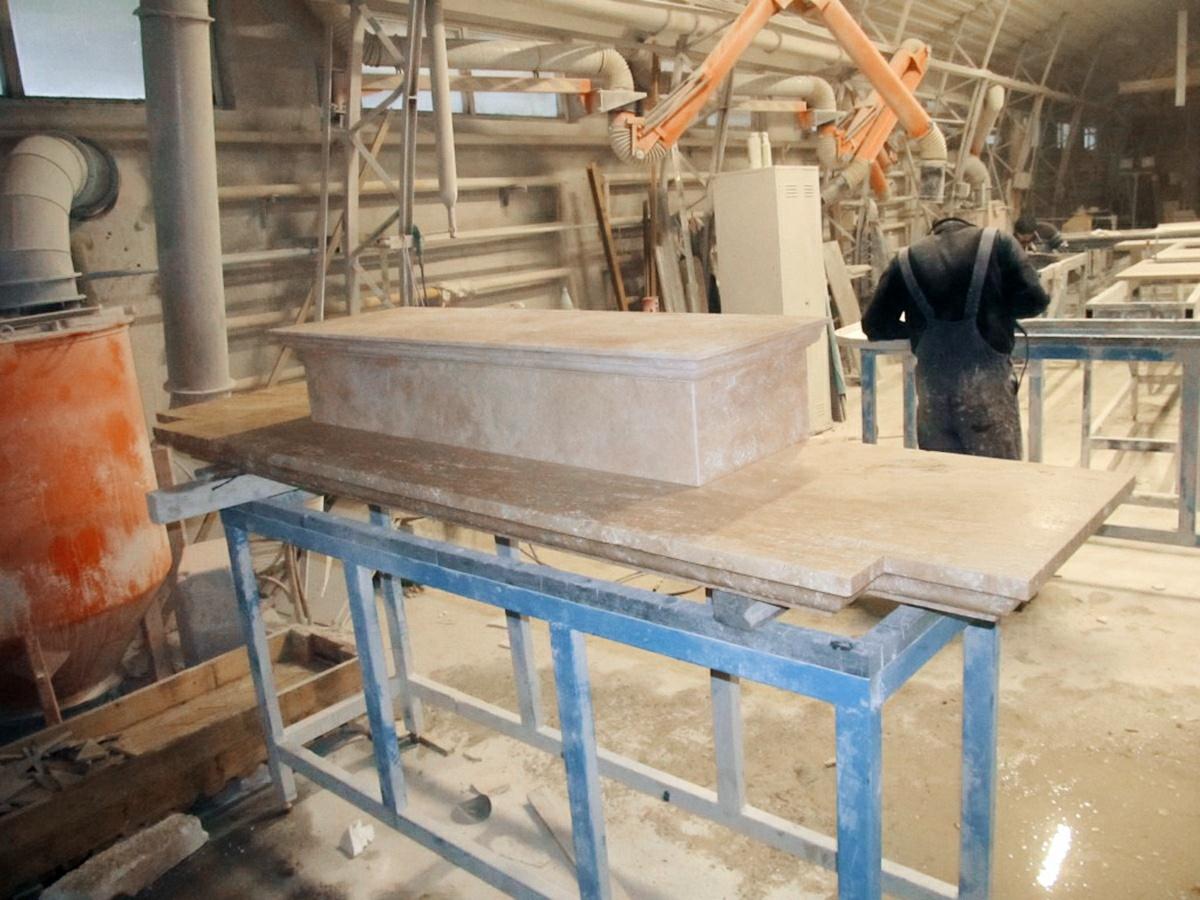 производство мраморного камина