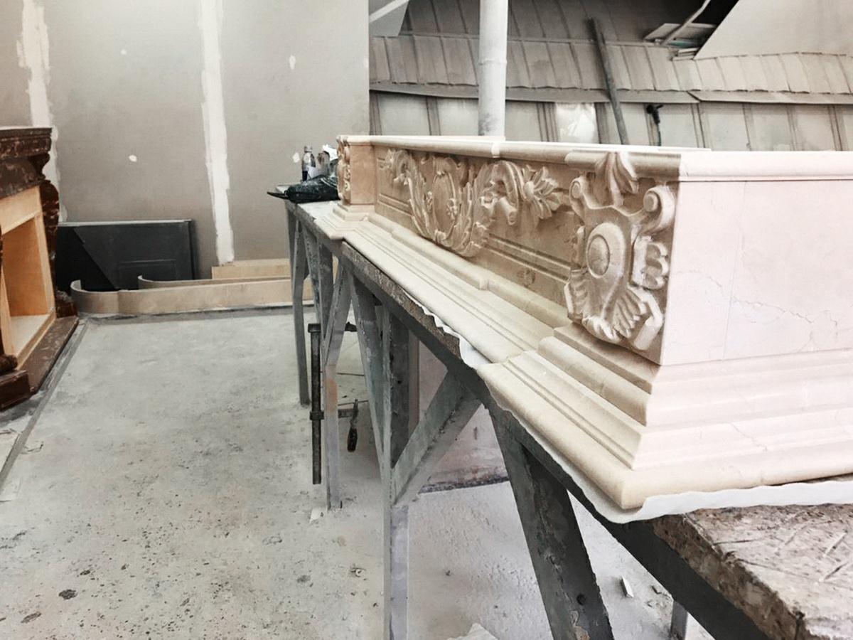 каминная облицовка из мрамора
